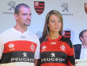 flamengo camisa peugeot (Foto: Janir Junior/Globoesporte.com)
