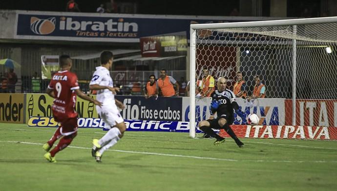 Zé Carlos, CRB x Paraná (Foto: Ailton Cruz / Gazeta de Alagoas)