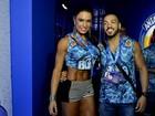 Gracyanne Barbosa usa microshort para curtir carnaval com Belo
