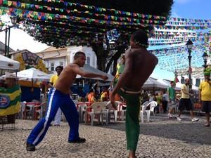Capoeiristas no Pelourinho (Foto: Yuri Girardi/G1)