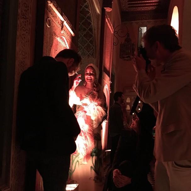 A noiva, Dianna Agron, pelas lentes da amiga @mollyihoward (Foto: Reprodução Instagram)