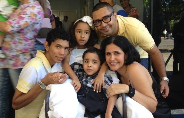 Siamês separado Heitor Brandão recebe alta do Hospital Materno Infantil, em Goiânia, Goiás (Foto: Paula Resende/G1 Goiás)