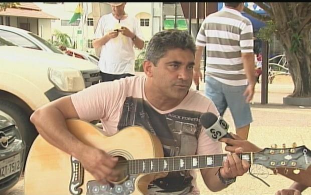 """Cantor Fernando Mello fará show """"Avenidas"""", em Rio Branco (Foto: Reprodução TV Acre)"""