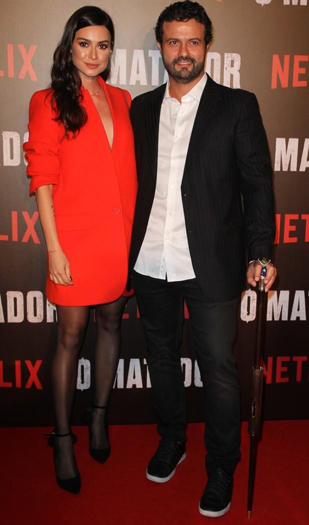 Thaila Ayala e o diretor Marcelo Galvão (Foto: Amauri Nehn/Brazil News)
