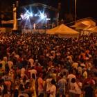 Multidão acompanha shows (Divulgação)