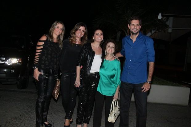 Giovanna Antonelli comemora aniversário com a família no Rio (Foto: Delson Silva/ Ag. News)