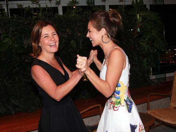 Adriana Esteves e Paolla Oliveira (Foto: Celso Tavares / Ego)