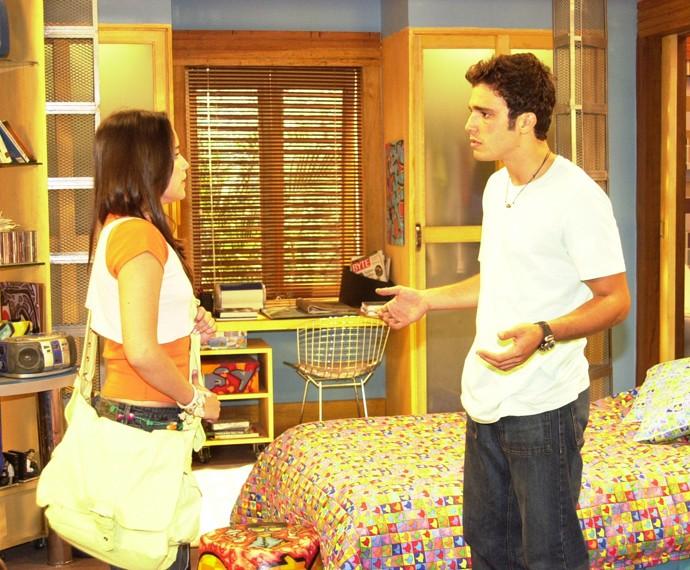 Quando atuou em Malhação, Thiago Rodrigues fez par romântico com Fernanda Vasconcellos... (Foto: Márcio de Souza/TV Globo)