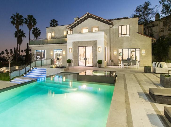 Casa comprada por Rihanna (Foto: Reprodução)