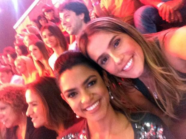 Deborah Secco e Lucy Alves, participante da segunda temporada (Foto: Arquivo Pessoal)