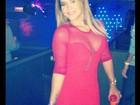 Dama de vermelho: Geisy Arruda usa vestido transparente