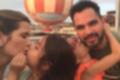 Luciano curte a Disney com a mulher e as gêmeas Helena e Isabella; fotos (Reprodução)