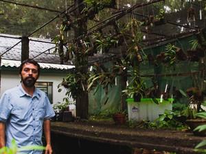 Carlos Eduardo de Siqueira, pesquisador da UFSC que catalogou a menor flor de orquídea do mundo (Foto: Jair Quint/Agecom/DGC/UFSC)