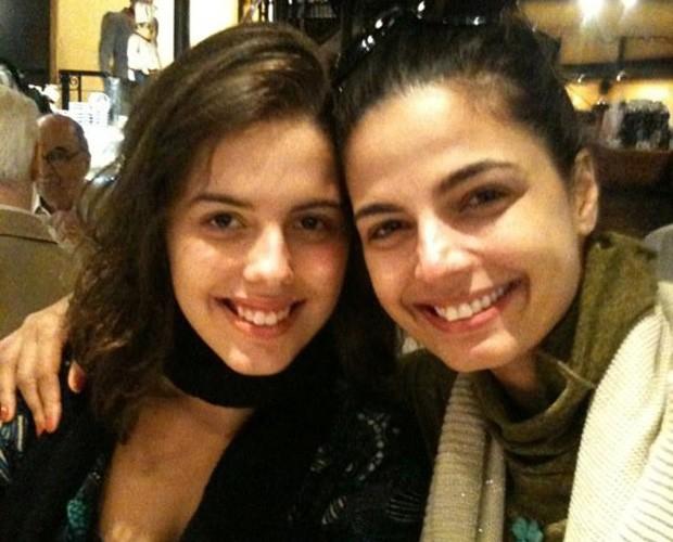 Emanuelle Araújo e a filha Bruna (Foto: Arquivo Pessoal)