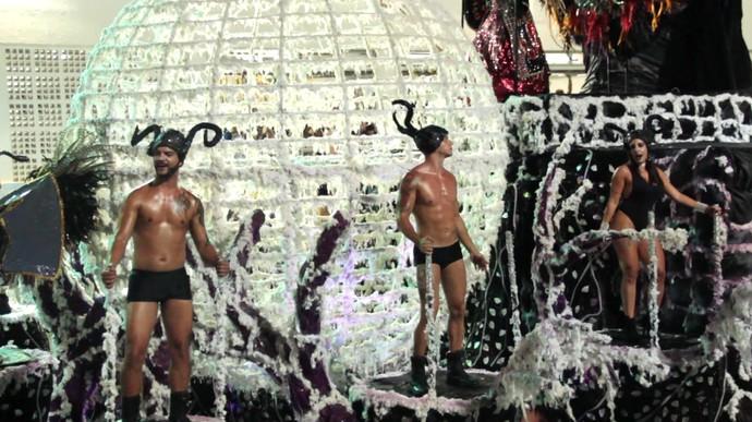 Série 'NUDES' começa retratando a nudez no Carnaval (Foto: Divulgação/ TV Gazeta ES)