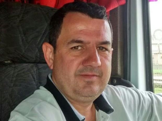 Caminhoneiro João Batista de Oliveira está desaparecido (Foto: Sônia Maria de Souza/Arquivo Pessoal)