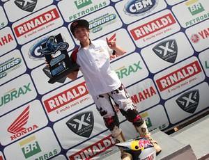 Enzo Lopes fatura etapa de Aracaju do Brasileiro de Motocross (Foto: César de Araújo/CBM)