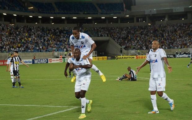 ABC x Ceará - Arena das Dunas / comemoração gol Somália (Foto: Augusto Gomes/GloboEsporte.com)