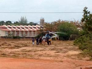 Helicóptero da PRF transportou presos de Aracati (CE) para Mossoró  (RN) (Foto: Cedida)