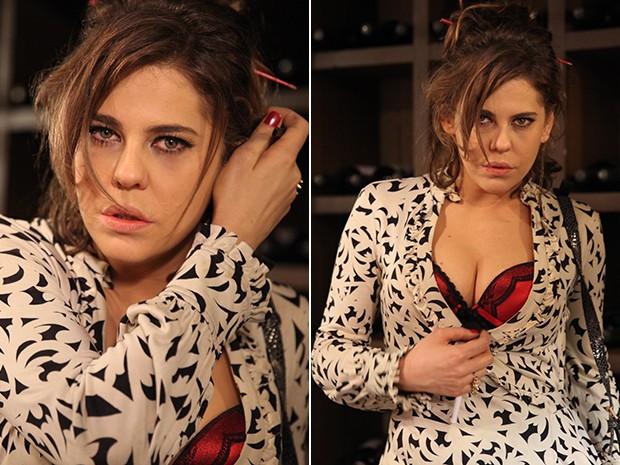 Taís acredita estar sendo perseguida pelo amante mafioso (Foto: Pedro Curi / TV Globo)