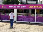 Homens são presos suspeitos de furtar loja da Fifa em estádio no AM