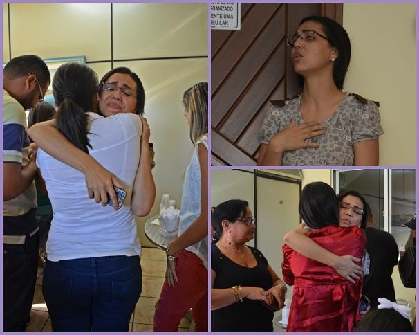 A jornalista recebeu o carinho de todos os colegas (Foto: Priscila Miranda/ TV Tapajós)