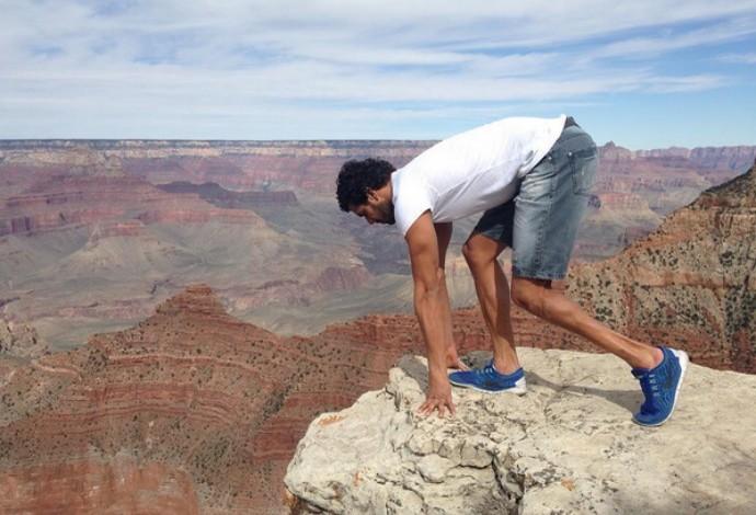 Prepara, vai! André Brasil encontyra pausa entre treinos para ir aoi Grand Canyon (Foto: Reprodução/Instagram)