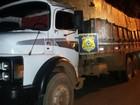 Veículos com madeira sem nota fiscal são apreendidos em Ariquemes, RO