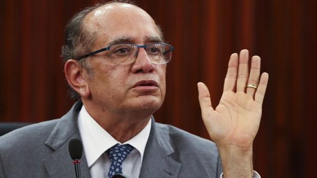 O presidente do TSE, ministro Gilmar Mendes, fala sobre o resultado do segundo turno das eleições municipais de 2016 (Foto: Marcello Casal Jr/Agência Brasil)