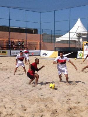 Futebol de areia Flamengo x Sport (Foto: Ricardo Ribeiro / CBBS)