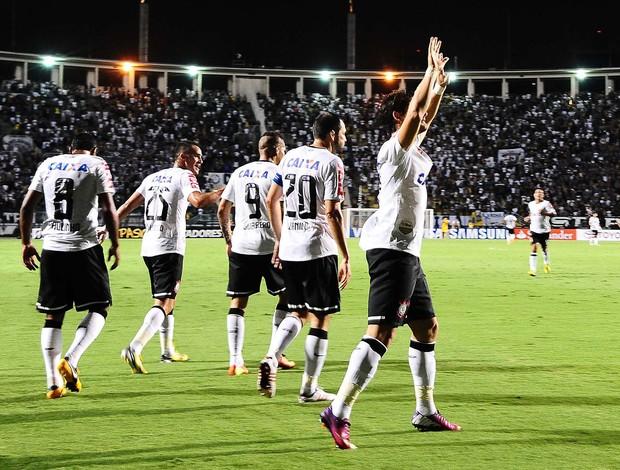 Pato Corinthians x Tijuana (Foto: Marcos Ribolli / Globoesporte.com)