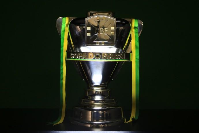 Taça Copa do Brasil (Foto: Lucas Figueiredo/CBF)