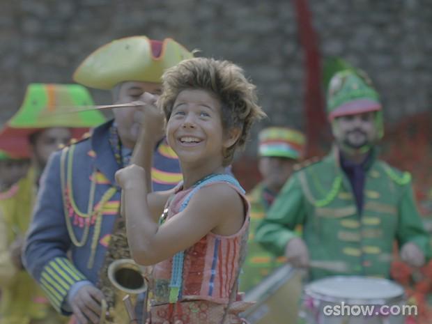Serelepe convence Prefeito e banda vai até casa de Pituca (Foto: Meu Pedacinho de Chão/TV Globo)