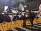 Manifestantes fazem protesto contra governo Temer e fecham Av. Paulista