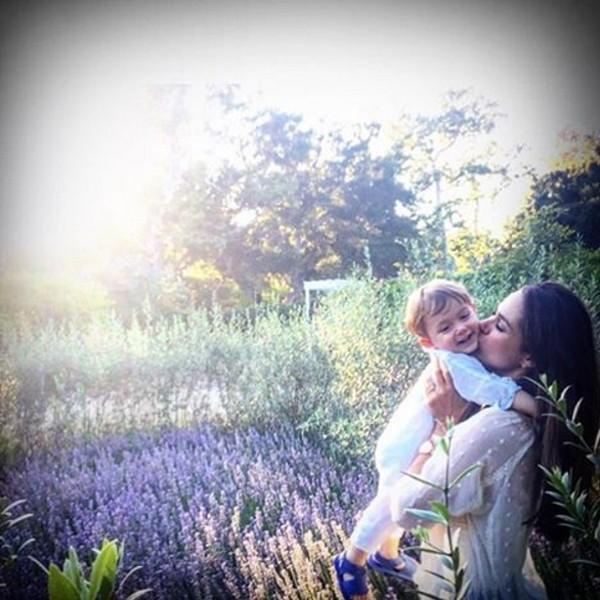 Fernanda Machado e filho (Foto: Reprodução / Instagram)