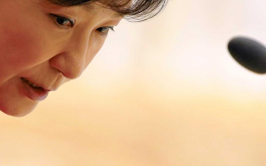 Parlamento da Coreia do Sul abre processo de impeachment da presidente Park Geun-hye
