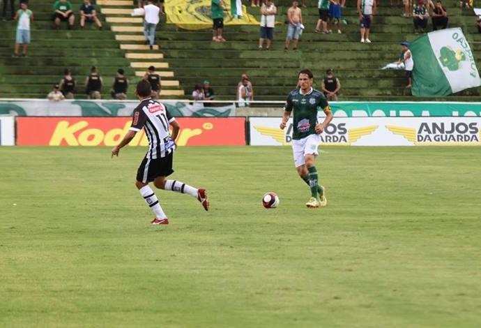Mauro Viana, zagueiro, Uberlândia Esporte Clube, UEC (Foto: Vilmar Silva/Garra Esportes)