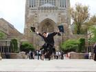 Filho de ex-diarista se forma em Yale e trabalha pela educação do Brasil