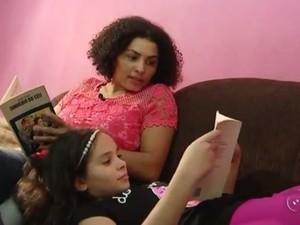 Para a mãe de Alexssandra, Diene Borges Alves, saber ler traz conquistas (Foto: Reprodução/TV TEM)