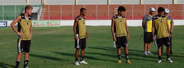 Sandro, Fábio Neves, Wendis, Celico, Botafogo-PB (Foto: Lucas Barros / Globoesporte.com/pb)