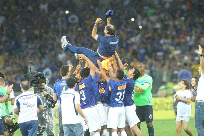 Marcelo Oliveira, Cruzeiro comemoração Campeão (Foto: Denilton Dias / Agência Estado)