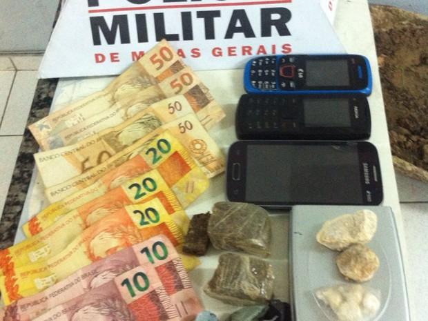 Drogas Apreendidas em Divinópolis Minas Gerais Centro-Oeste (Foto: Polícia Militar/Divulgação)