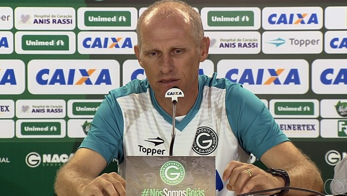 Sílvio Criciúma - técnico do Goiás (Foto: Reprodução / TV Anhanguera)