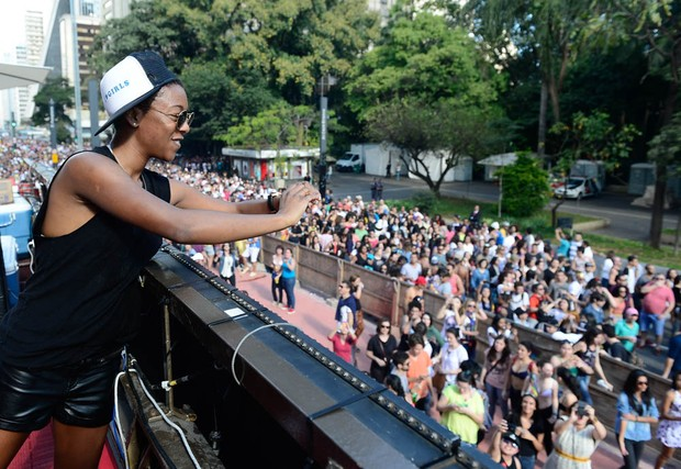 Samira Wiley na Parada Gay, em São Paulo (Foto: Francisco Cepeda/Agnews)