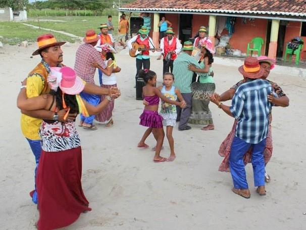 Show da banda Som de Viola realizado em Manari (PE) (Foto: Divulgação)
