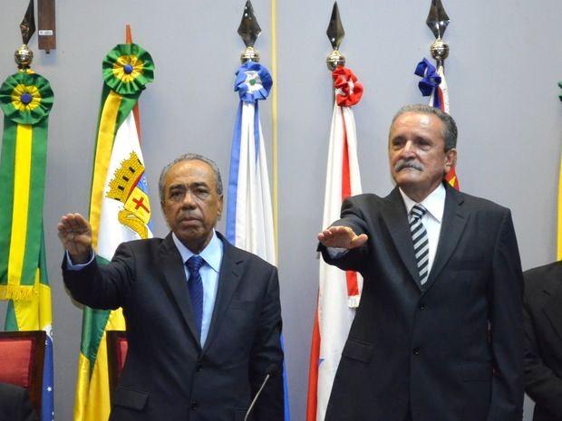 João Alves e José Carlos Machado tomam posse em Aracaju (Foto: Marina Fontenele/G1 SE)