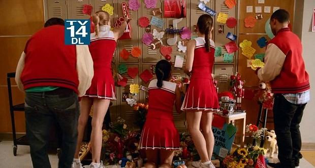 Glee faz homenagem a Cory Monteith (Foto: Video/Reprodução)