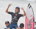 Com Medina na areia da Joaca, dois surfistas de SC vencem o Grom Search