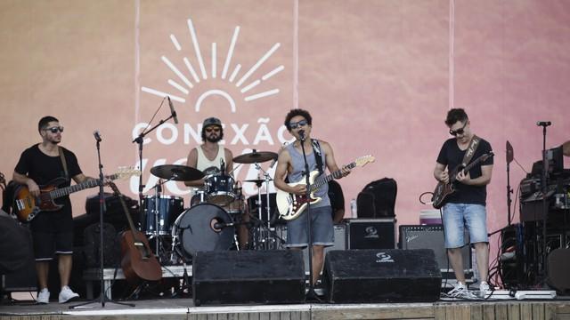 Nego Joe e banda animaram o público no Conexão Verão  (Foto: Green Multimídia/ Divulgação)