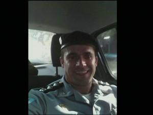 Uanderson, comandante de UPP (Gnews) (Foto: Reprodução GloboNews)